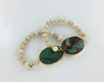 Single Bead Bracelet, Green Stone Bracelet, Tan Bead and Green Agate Gemstone, Stretch Boho Bracelet, Bohemian Jewelry, Boho Festival