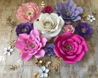 Paper Flowers set of 25 items