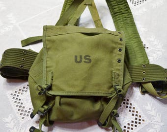 Vintage US Military Field Pack 1959 Green Canvas Combat Backpack Knapsack Tote Satchel PanchosPorch