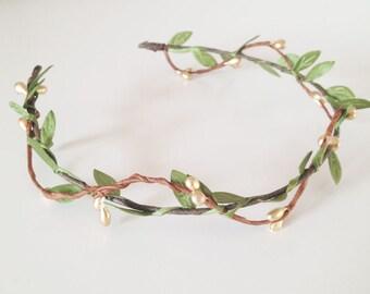 Gold Leafy Berry Pip Headband, flower crown, wedding headband, flower circlet, leaf and berry tiara, bridal crown, wedding hair accessories