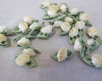 25 Pieces Large Cream Satin Roses,Craft Roses, Card  Making Roses, Sewing Supplies