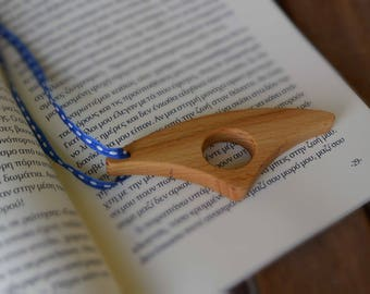 Wooden Page Holder/Book Holder/Thumb Book Holder