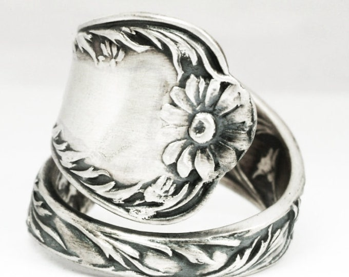 Lovely Daisy Ring, Sterling Silver Spoon Ring, Flower Spoon Ring, Gift for Her Custom Ring Size, Antique Gorham Marguerite, 5th Wedding 7135