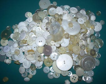 Bulk Lot, 500 Vintage, White, Translucent, Cream colored Buttons,  Lot W-3 (Free US Shipping)