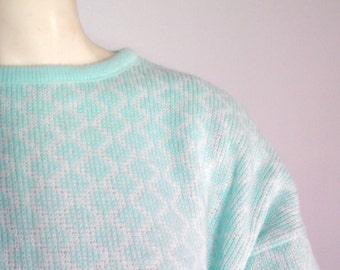 CLEARANCE Kate Collins mint green sweater/ size L