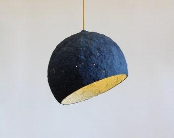 Lámpara colgante de papel maché Pluto, lámpara, papel mache, lampara de techo, lámpara de papel, lámpara industrial, eco, azul