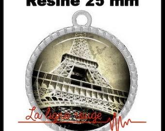 Round Cabochon pendant 25 mm epoxy - Eiffel Tower (10) - Paris monument, capital, France