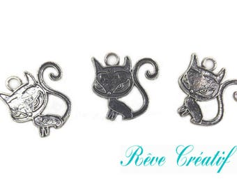 Cat pendants, charm cat decoration, length 21 mm, width 20mm, thickness 1 mm, hole 2mm, silver, 5 pieces