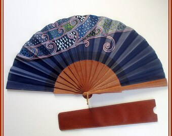 Hand fan for wedding, blue designer fan, spanish wood hand fan, gift for her, folding fan, wedding hand fan, piece unique hand fan, hand fan