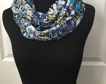 Paisley blue print Fall infinity scarf! Multicolor infinity. Soft, lightweight and airy! Beautiful necklace scarf with ruffles. Not bulky!