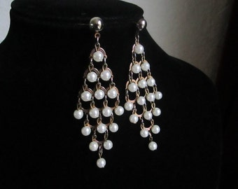 Vintage Dangle Pearl Earrings