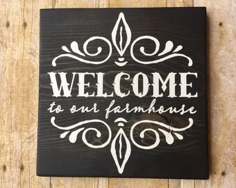 WELCOME sign, Farmhouse wood sign, Farmhouse Decor, Black and white, Wood Sign, Farmhouse Chic sign, Shabby Chic, Farm House Decor