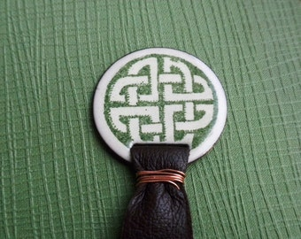 Bookmark with Ivory and Green Circle Celtic Knot