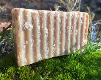 Oats and Honey Goats Milk soap made with All Natural Ingredients. Oils, Lye, Goats Milk, Essential Oil