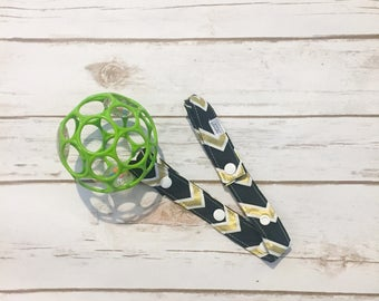 Sippy cup leash, bottle strap, toy leash, sippy cup holder, soother tether holder, stroller toy strap, with snaps
