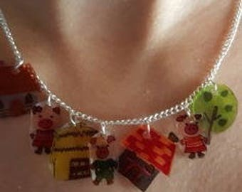 "Necklace ""The three little pigs"""