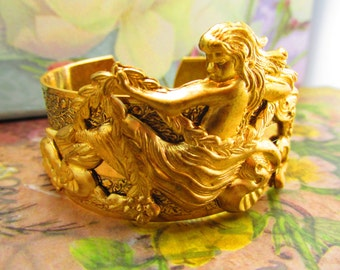 Mermaid cuff nautical cuff Gold Mermaids Gorgeous vintage look Mermaid Jewelry