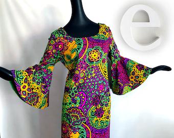 XL Groovy Vintage Maxi Dress 1960s 1970s Mod Psychedelic Bell Sleeve Angel Sleeve Hawaiian Hippie Boho Tiki Oasis Hukilau Flower Power LG XL