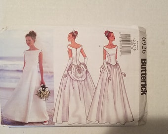 Butterick Pattern 6926 Lined   Floor Length Wedding Dress with Bustle misses size 12, 14, 16