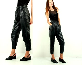 Vintage 90s Leather Pants / 80s Leather Trousers / High Waist Pants / Tapered Pants / Pegged Pants / Grunge Clothing / 90s / Size M