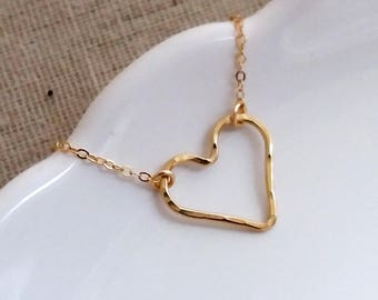 Silver Heart Necklace. Gold Heart Necklace. Hammered Heart Pendant. Outline Heart Love Necklace. Valentine's Day Gift. Layering Necklace