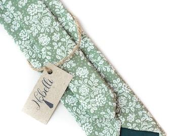 Floral tie, green tie, mens ties, slim necktie, cotton tie, mens floral tie, floral print necktie, green floral tie, wedding tie, skinny tie