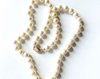 Marvella Pearl Necklace Glass Faux Pearls 1940s