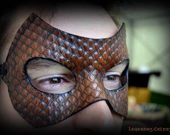 """""""Cobra"""" molded leather mask"""