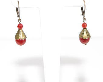 Tulip red agate earring