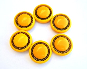 6 Buttons,  antique vintage, yellow, plastic, large, thick, unique buttons, 25mm