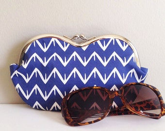 Large sunglass case, chevron sunglass case, small clutch, sunglasses case, eyeglass case, sunglasses pouch, sunglass holder, coin purse
