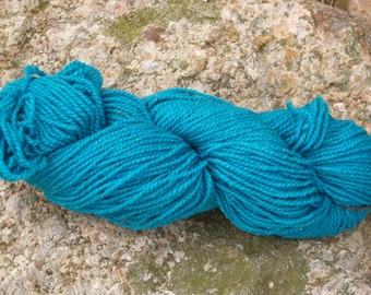 Turquoise-DK weight- Border Leicester yarn-100% wool