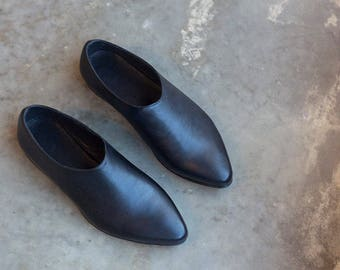 Black Handmade Shoes, Women Flat Shoes, Black Leather Shoes, Casual Shoes, Slip Ons, Loafers, Comfortable Shoes, Leather Flats
