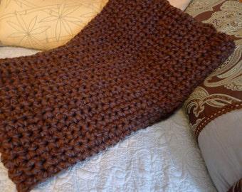 Bulky chunky crochet blanket - Coffee Bean (brown)
