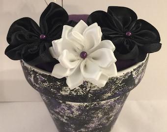 Flower Pot Pin Cushion: Needle Sharpening
