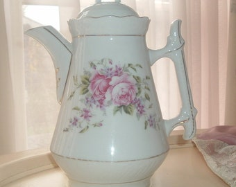 Coffeepot with roses