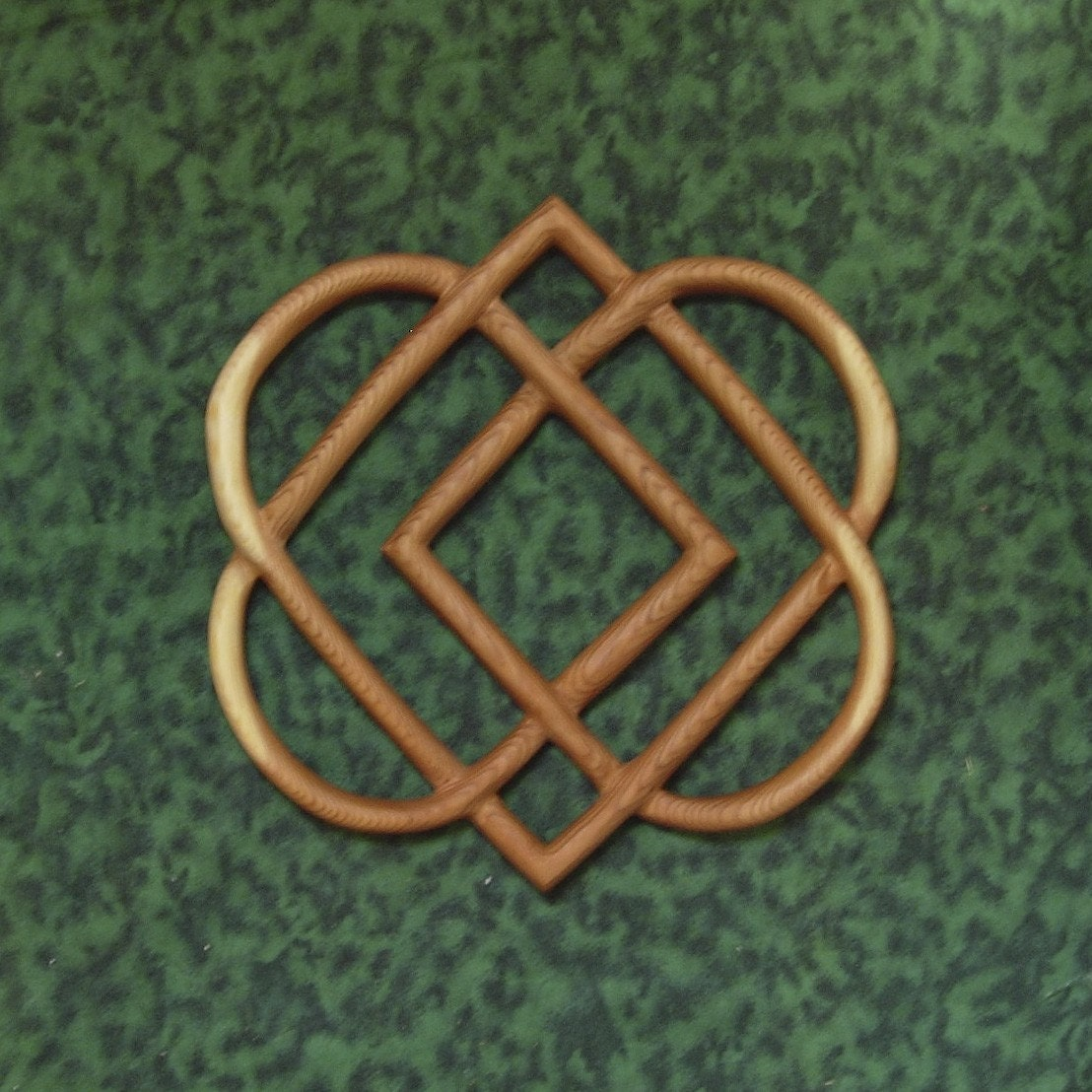 Celtic knot of four hearts family love knot wood carving zoom buycottarizona Images
