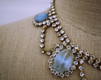 Beautiful Vintage 1960s 60s Rhinestone Necklace