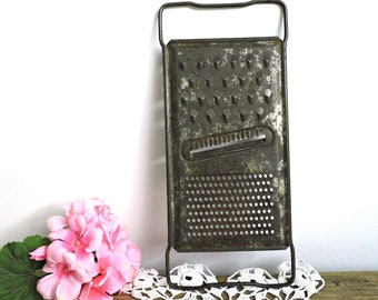 Antique Metal Grater Shredder Vintage Slaw Vegetable Cutter Flat Hand Cheese Grater Rusty Kitchen Tool Kitchen Kitchenalia Farmhouse Rustic
