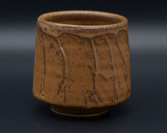 Textured Yunomi (tea cup)