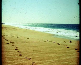 Bliss - empreintes de pas de la plage (dans le sable, été plage impression photo, vert vagues de l'océan rêveuses, photographie de voyage Mexique, art sacré de Jésus)