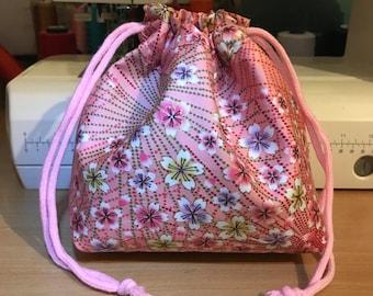 Sakura print kimono fabric pouch ( draw string ) pink