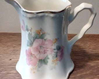 Vintage cream color pitcher with pink flowers gold trim, Vintage creamer, syrup pitcher, Flowered pitcher, Vintage serving piece