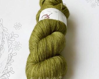 SILENTO LACE - Lichen - hand dyed yarn, blend of merino wool, mulberry silk and yak, lace weight