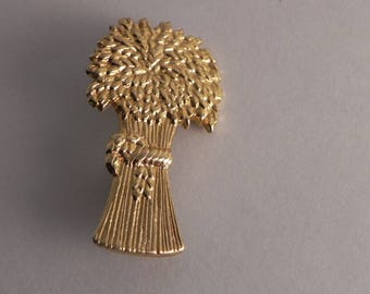 Wheat Sheaf Gold Tone Brooch Harvest Autumn,Garden Pin,Nature,Wheat Stalks Bundle,Harvest Brooch, Gardeners Gift