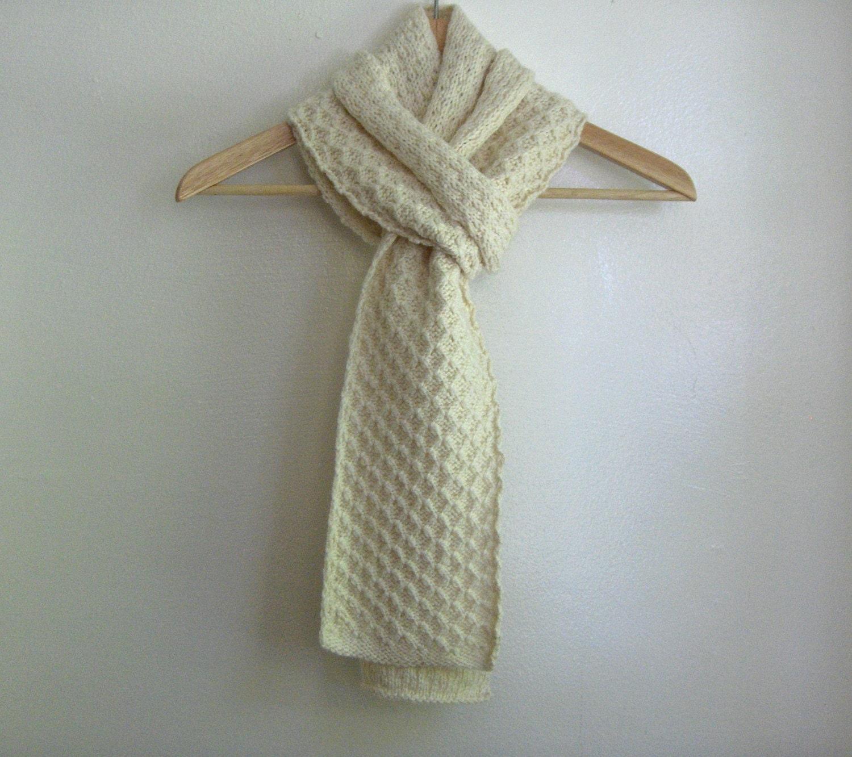 Tejer bufanda encajes gruesos aran color crema 100% lana