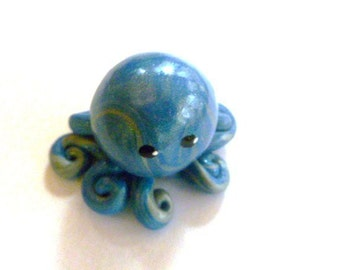 Mini Marble Friend Little Octopus in Silver and Pearl Blue Swirl