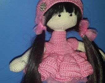 Doll amigurumi, pink dress