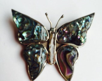 Vintage Butterfly  Brooch / Vintage Jewerly