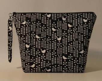 Birds on black and white project bag